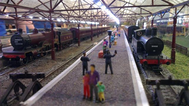 how to make a model railway platform